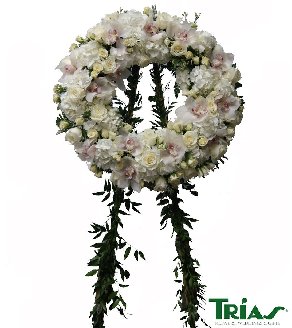 Condolences Wreath : All white wreath standing spray with roses ...