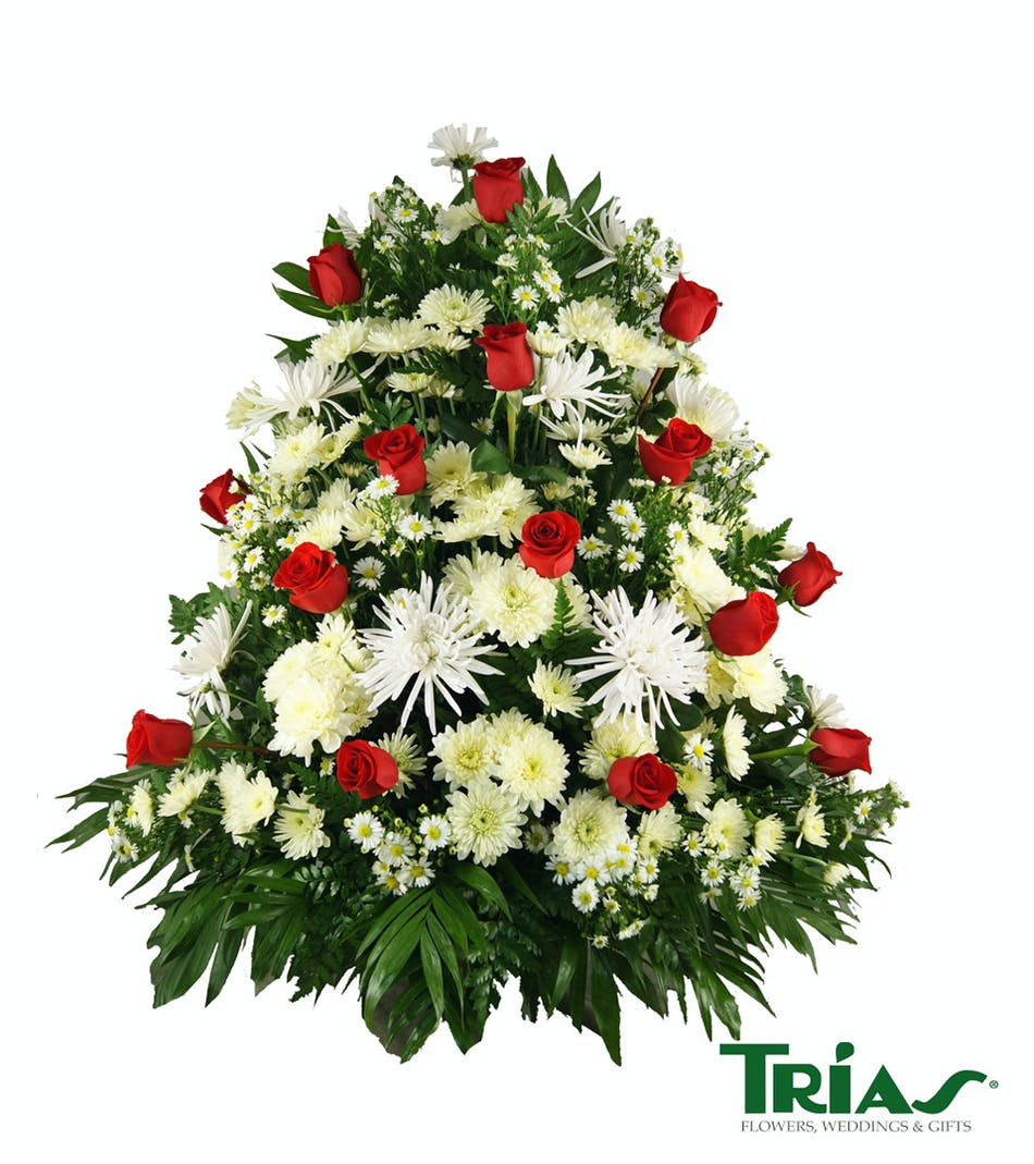 Funeral basket with roses funeral basket with roses miami flowers funeral basket with roses funeral basket with roses miami flowers flowers in miami fl trias flowers and gifts izmirmasajfo Image collections