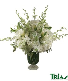 Spectacular all white arrangement