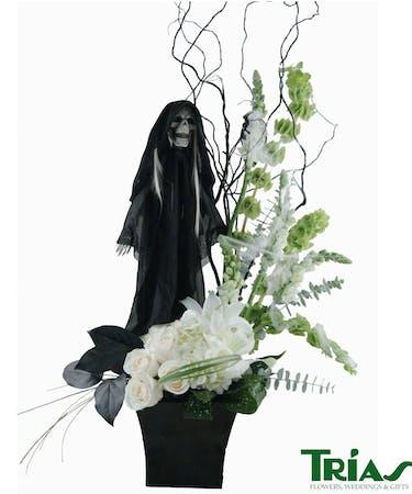 Standing Reaper Halloween Bouquet Trias Flowers Gifts